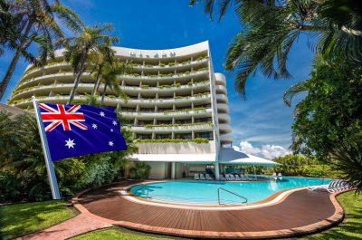 4 Hilton Cairns