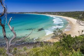 Andy_Hutchinson_-_Mollymook_Beach